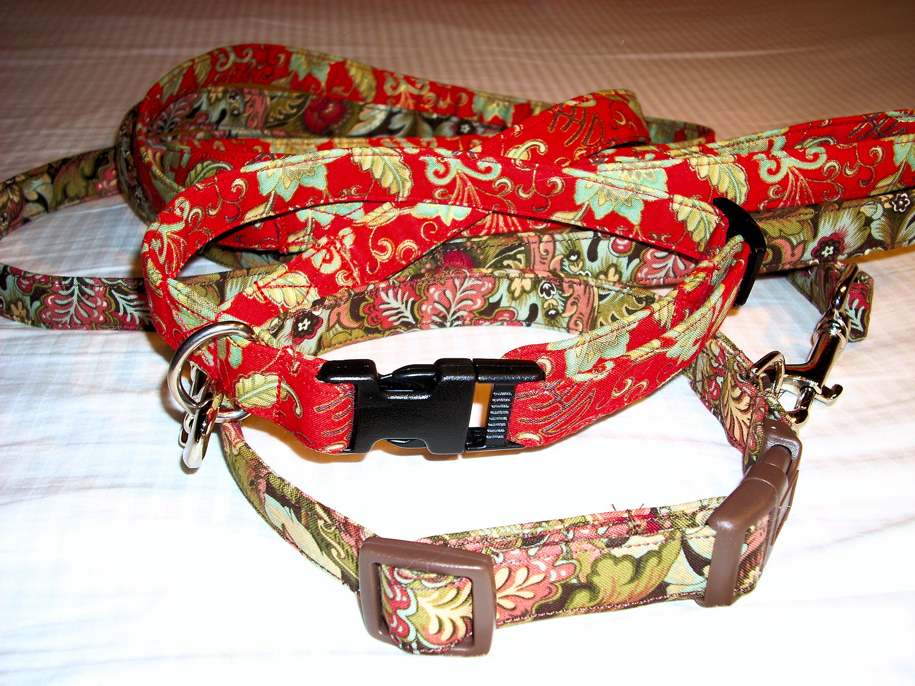 2012 Collars &amp; Leashes 1